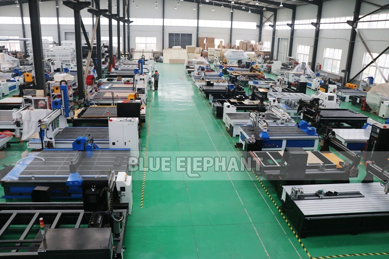 High-Z-Axis-1325-Wood-Working-CNC-Router-Wood-EPS-Foam-Cutting-Machine-for-Sale-3